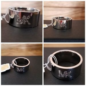 (JR8)Silver Michael Kors Ring